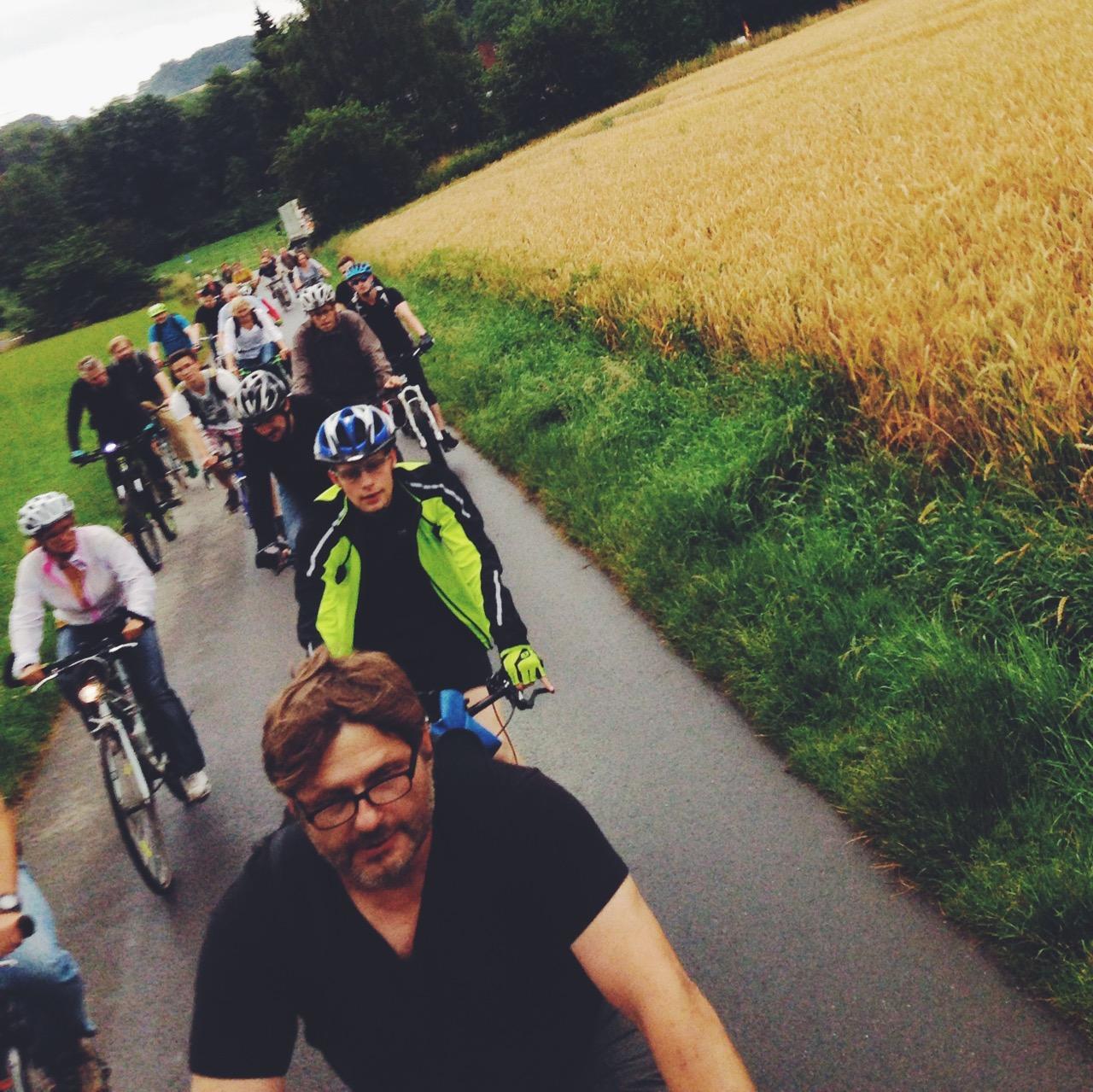 Über 30 Leute haben sich für die Fahrt nach Heiligenhaus zusammengefunden | Photo: Christoph Grothe / Talradler.de